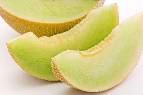Fructe de primavara vara
