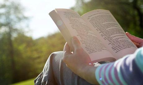 Cum sa citesti o carte de 300 de pagini in 20 de minute