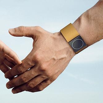 Dispozitivul medical Embrace Watch