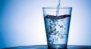 Care sunt beneficiile consumului de apa?