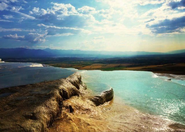 16 locuri incredibile pe care merita sa le vizitezi macar o data in viata